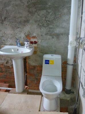 сантех приборы установлены и подключены